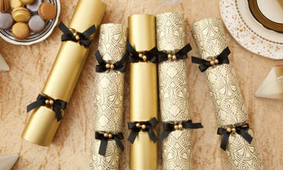 Win 1 of 6 Luxury Celebration Christmas Crackers